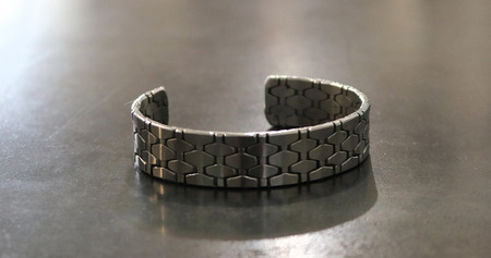 Recycled_stainless_steel_bracelet_4