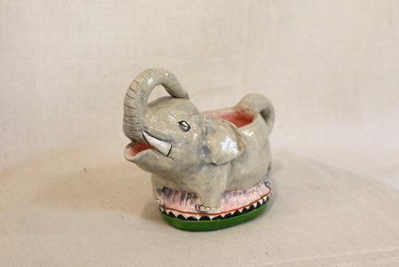 Elephant_creamer