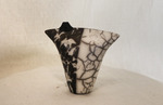 Black_and_white_vase
