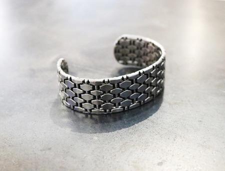 Mesh_bracelet_2