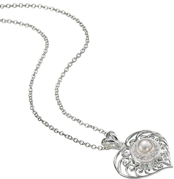 Image of Kameleon Filigree Heart Pendant View 1