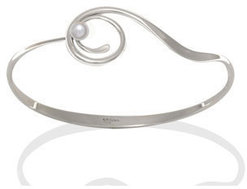 Image of Ed Levin Silver Bindu Bracelet With Pearl View 1