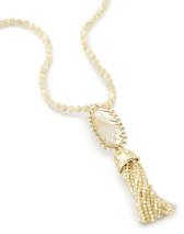 kendra-scott-tatiana-necklace-gold-ivory-MOP-a-02