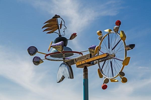 Mermaid wind machine