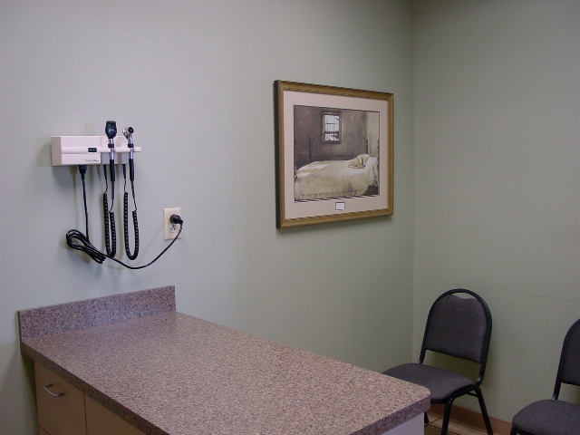 Exam Room & Poplar Animal Hospital HID 2025 Virtual Tour