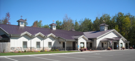 The outside of our Pet Spa & Resort in Ashland, WI
