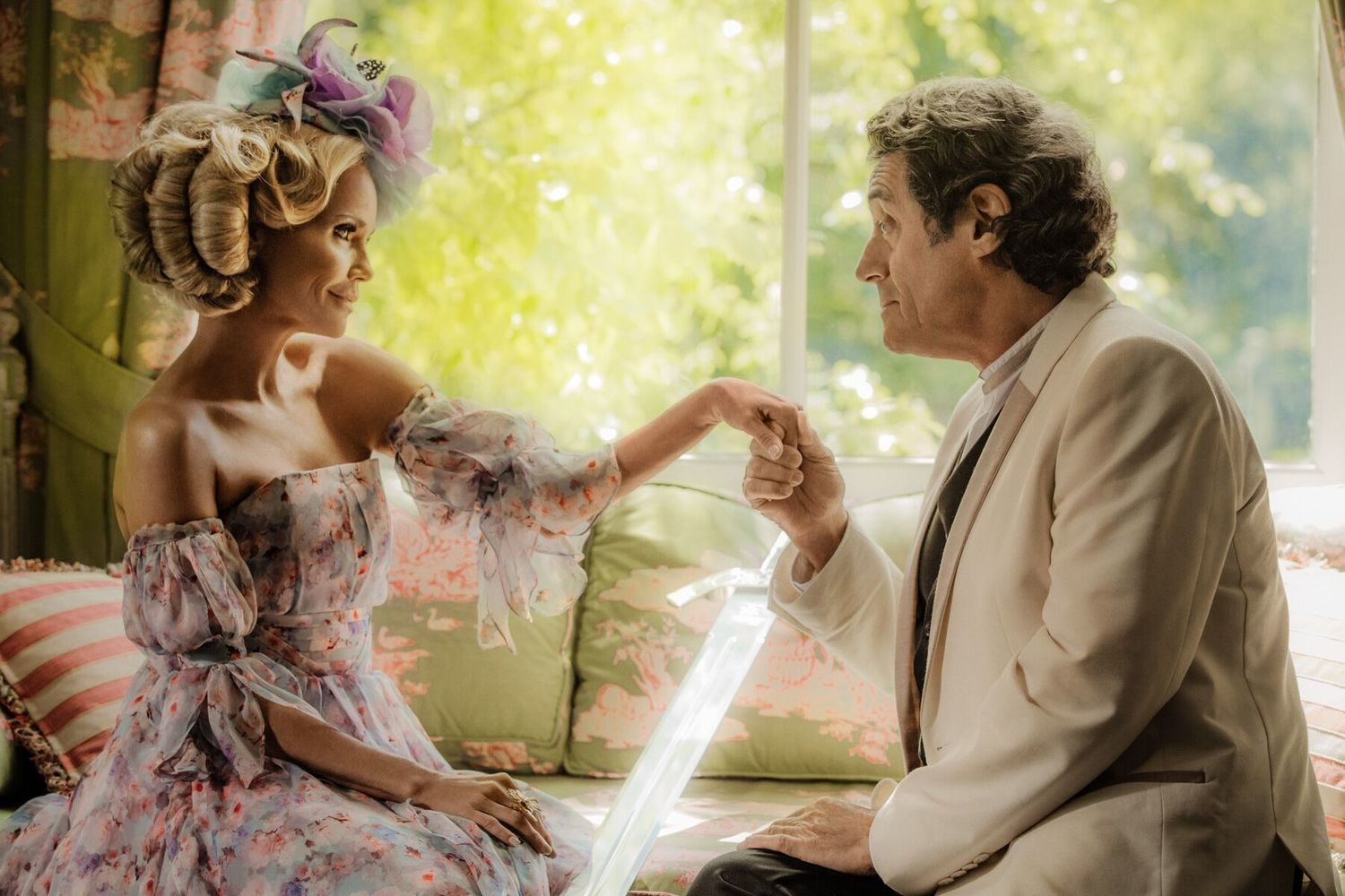 Kristin chenoweth %28easter%29  ian mcshane %28mr. wednesday%29