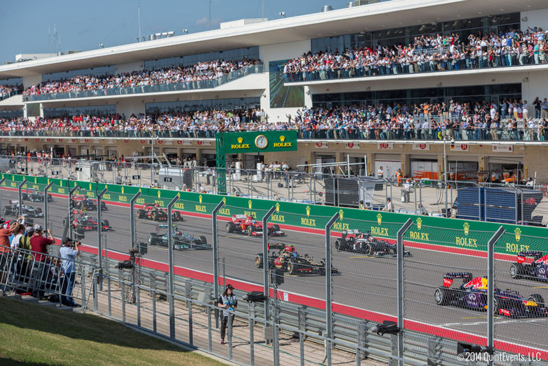 Circuit-of-the-americas-experiences-f1-usgp-vip-trackside-skybox-view-16