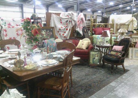 Grayslake Antique Market Deal Image