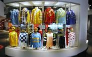 Kentucky-derby-winners-party-silks-derby-experiences