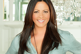 Derby-experiences-fillies-and-lilies-party-sara-evans-announcements