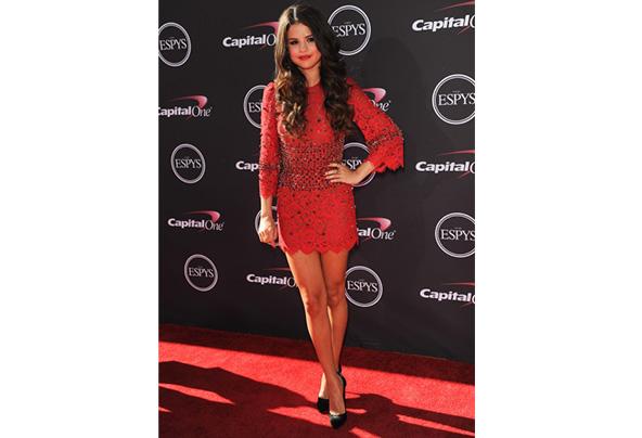 Selena gomez espy