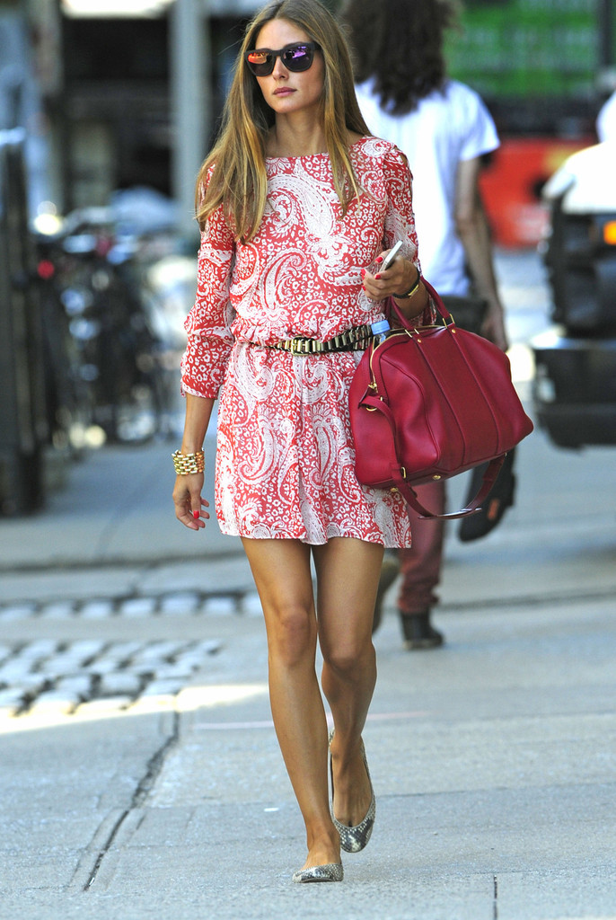 Olivia palermo steps out pink paisley patterned 16jh8oiif7ex