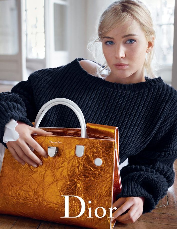 Jennifer lawrence by mario sorrenti for dior handbags spring summer 2016