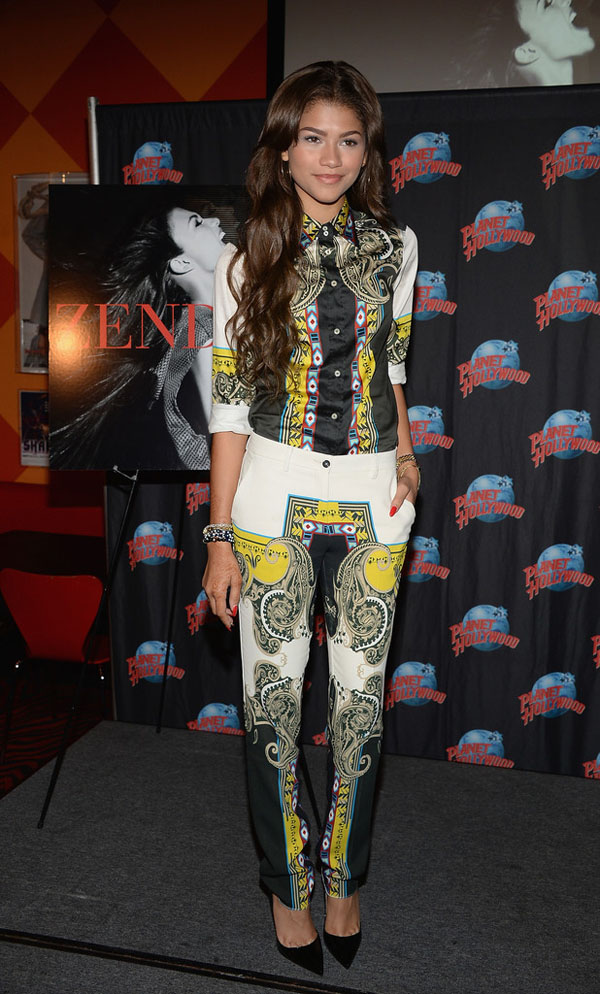 Zendaya coleman planet hollywood etro printed top trousers and christian louboutin pumps
