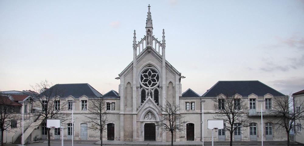 Prix immobilier au m2 les chartreux estimation for Piscine des chartreux