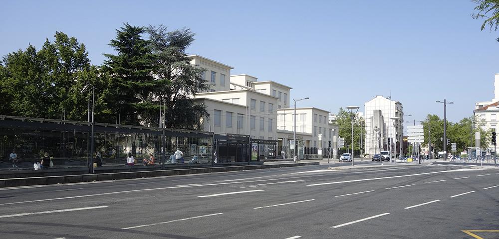 Prix immobilier au m2 grange blanche estimation immobili re grange blanche - Urgence grange blanche ...