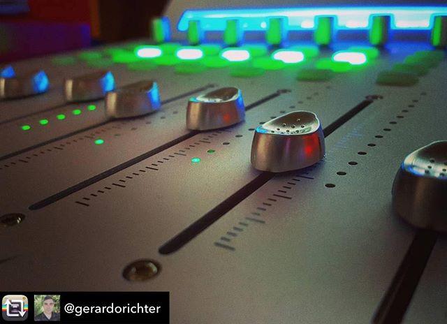 Sweet shot!  Repost from @gerardorichter using @RepostRegramApp – Mezclando. #sound #studio #controller #midicontroller #qconpro #fader #picoftheday #working