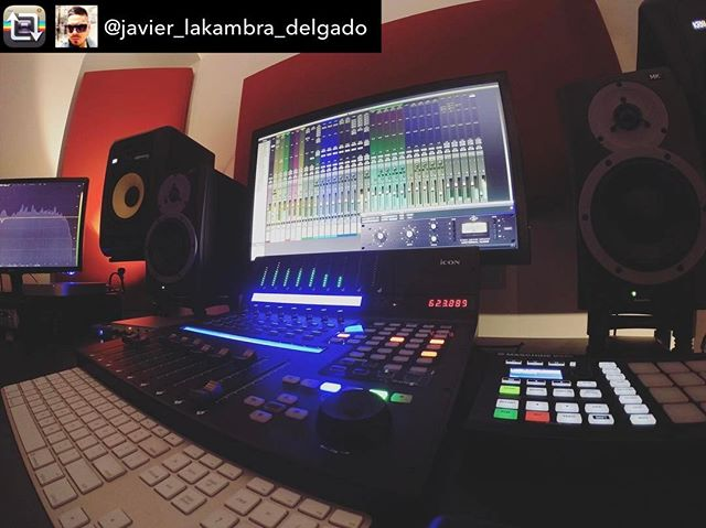 Repost from @javier_lakambra_delgado using @RepostRegramApp – Back to regular programming after family vacation !!! Ready to keep working. @iconproaudio QConProX on #music #production #mixing #recording  #programming #Ableton #Live #Avid #Protools  #UAD #UniversalAudio #Apollo #Maschine #qconprox #iconqconprox