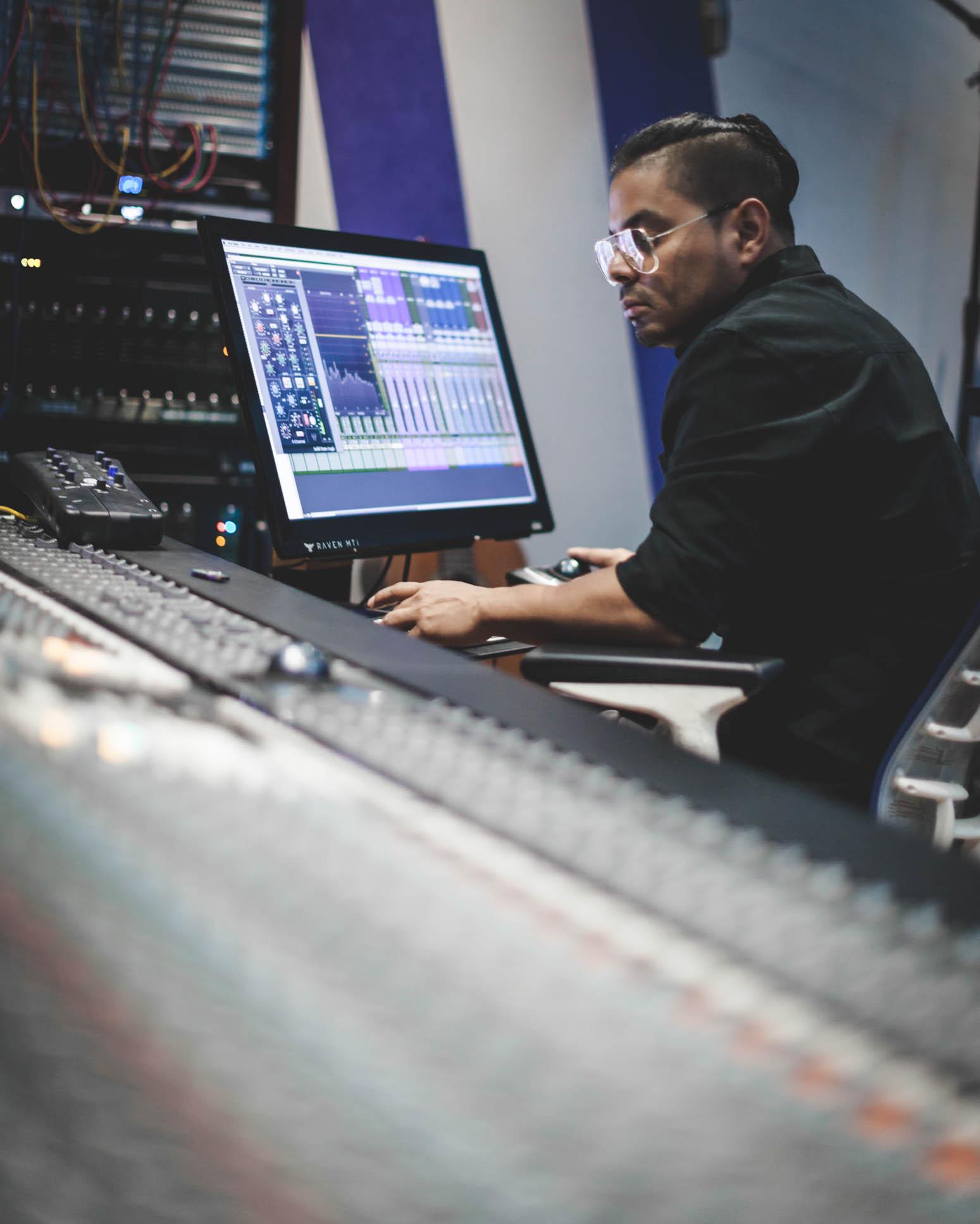 Javier Delgado in studio