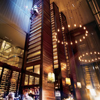 Hilton_winetowers_b_1