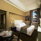 Hotel_palazzo_manfredi-_king_deluxe_room_c_lr_b_1