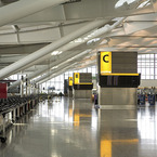 800px-heathrow_terminal_5_-_departures_b_1