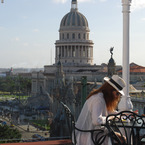Rooftop_bar_at_parque_central__havana_b_1