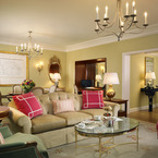 California_suite_living_room_b_1