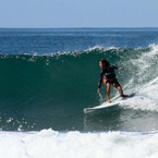 Surfing-dopwn-the-line-at-surf-simply_b_1
