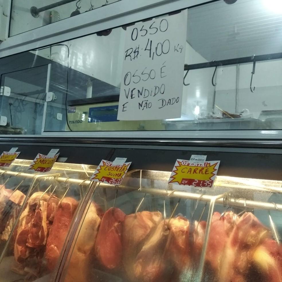 .:: acougues_e_mercados_podem_vender_ossos_de_boi_entenda_a_polemica_sobre_a_placa_em_sc_54083_1_pt_041557.jpg ::.