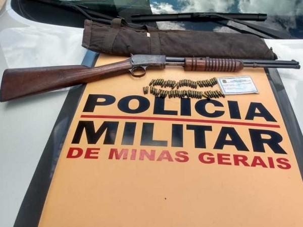 .:: policia_rodoviaria_apreende_rifle_e_municoes_em_monte_santo_de_minas_54214_1_pt_035248.jpg ::.