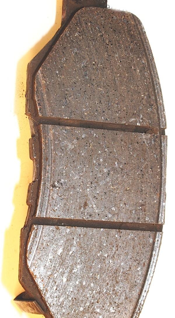 Brake Pad Overlapping Wear