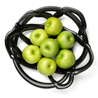 2014_06_18_09_27_17_7051215_basket_black_l_apples_w