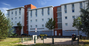 Studio etudiant lmnp clermont ferrand 63000 vente for Ecole nationale du meuble