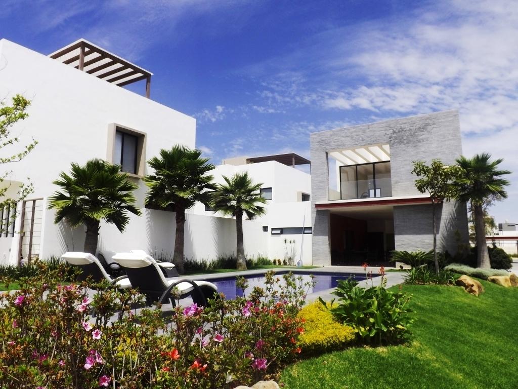 Casa en renta santillana parque residencial zapopan 3 for Casa moderna zapopan
