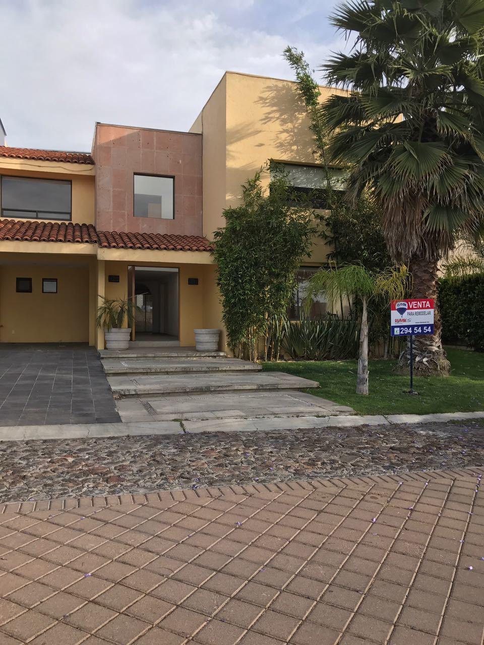 Casa en Venta en El Campanario, Querétaro