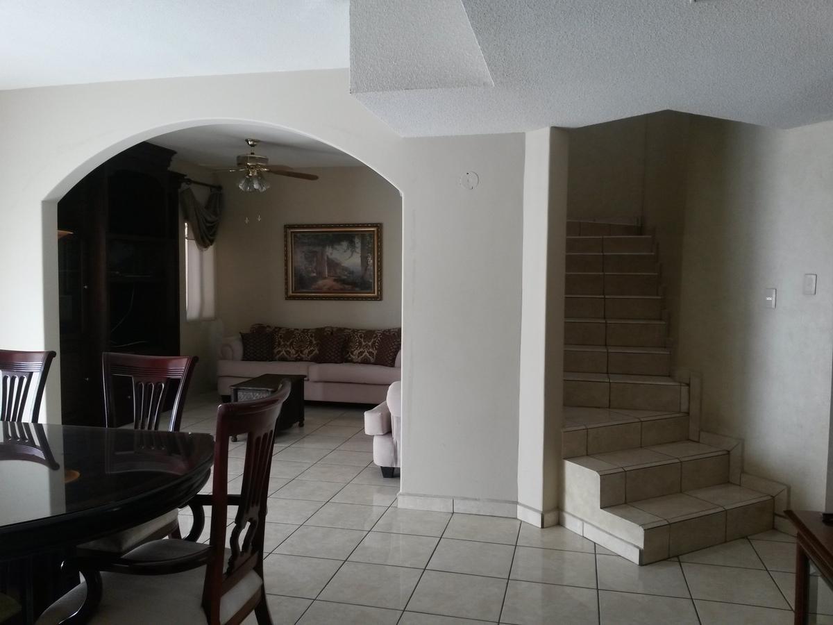 Casa en Renta en la colonia Villa De Parras, Hermosillo - 3.jpg