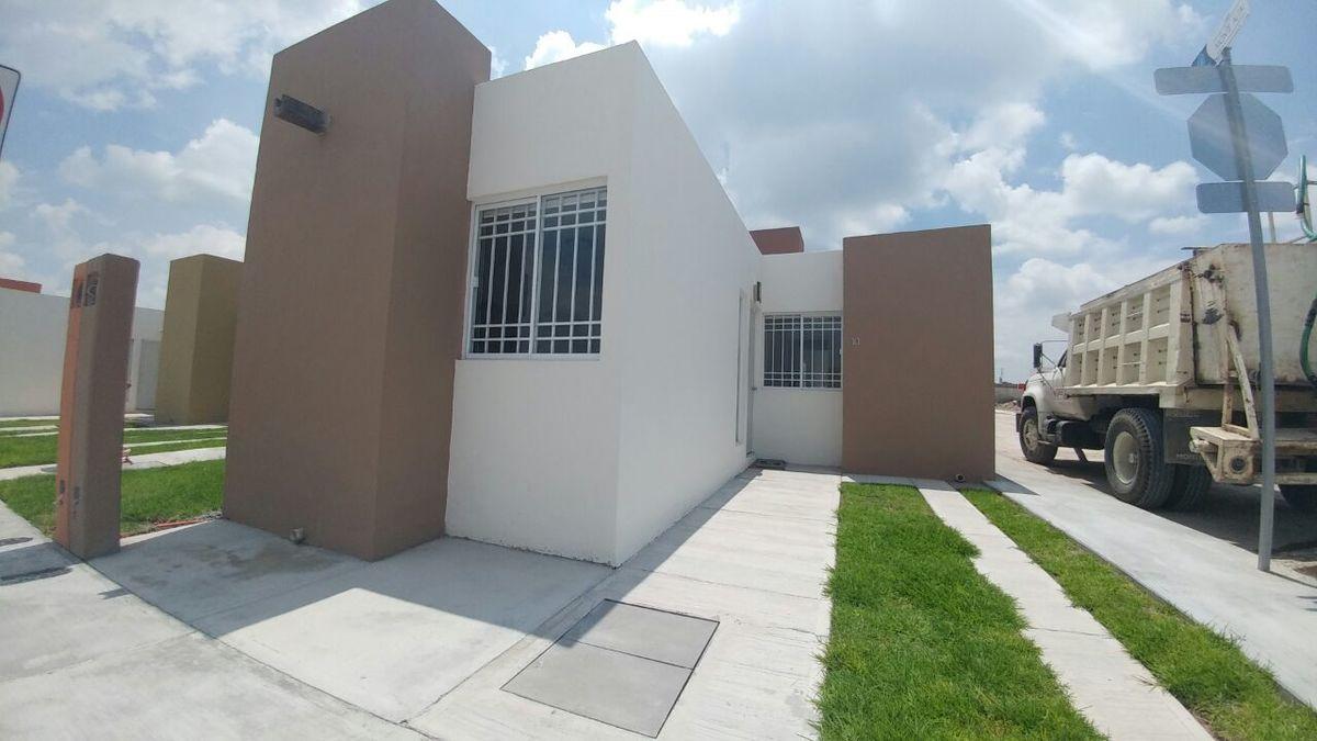 Casa en Venta en El Pueblito Centro, Corregidora