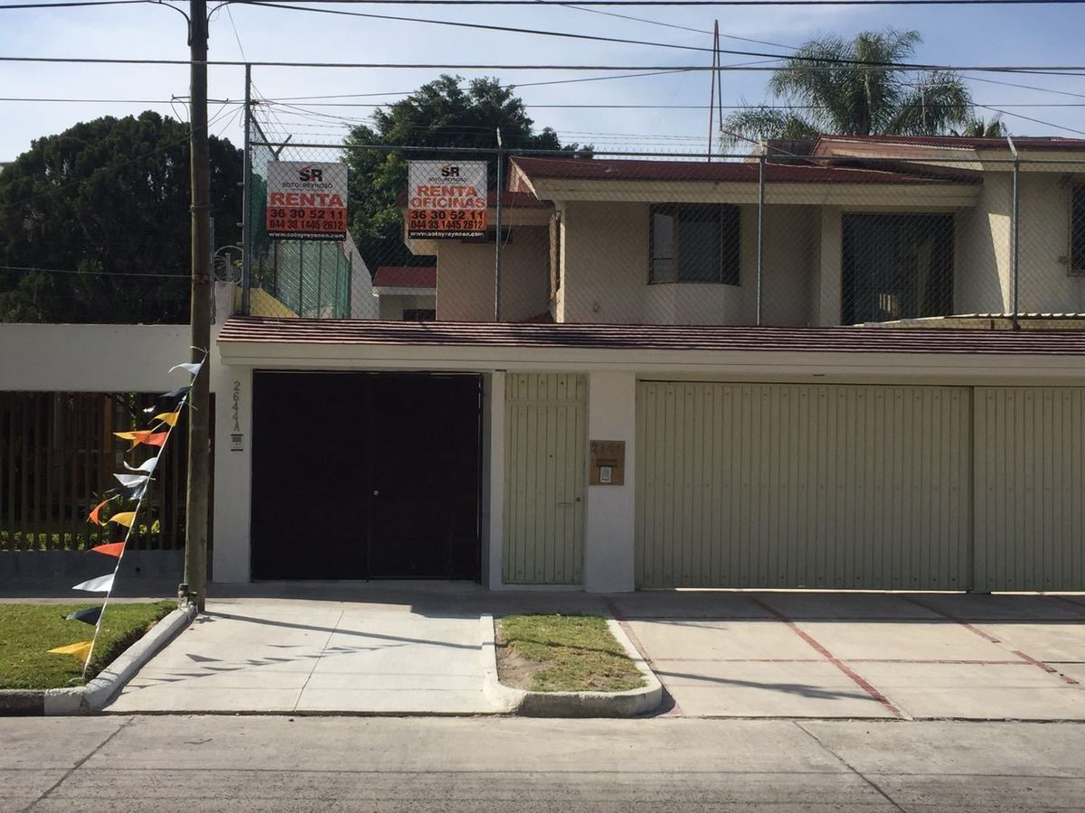 Casa en Renta en Residencial Victoria, Zapopan