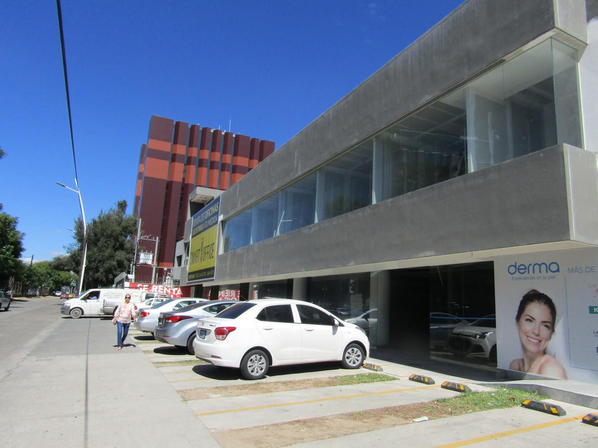 Local en Renta en la colonia Chapalita, Guadalajara - 1.jpg