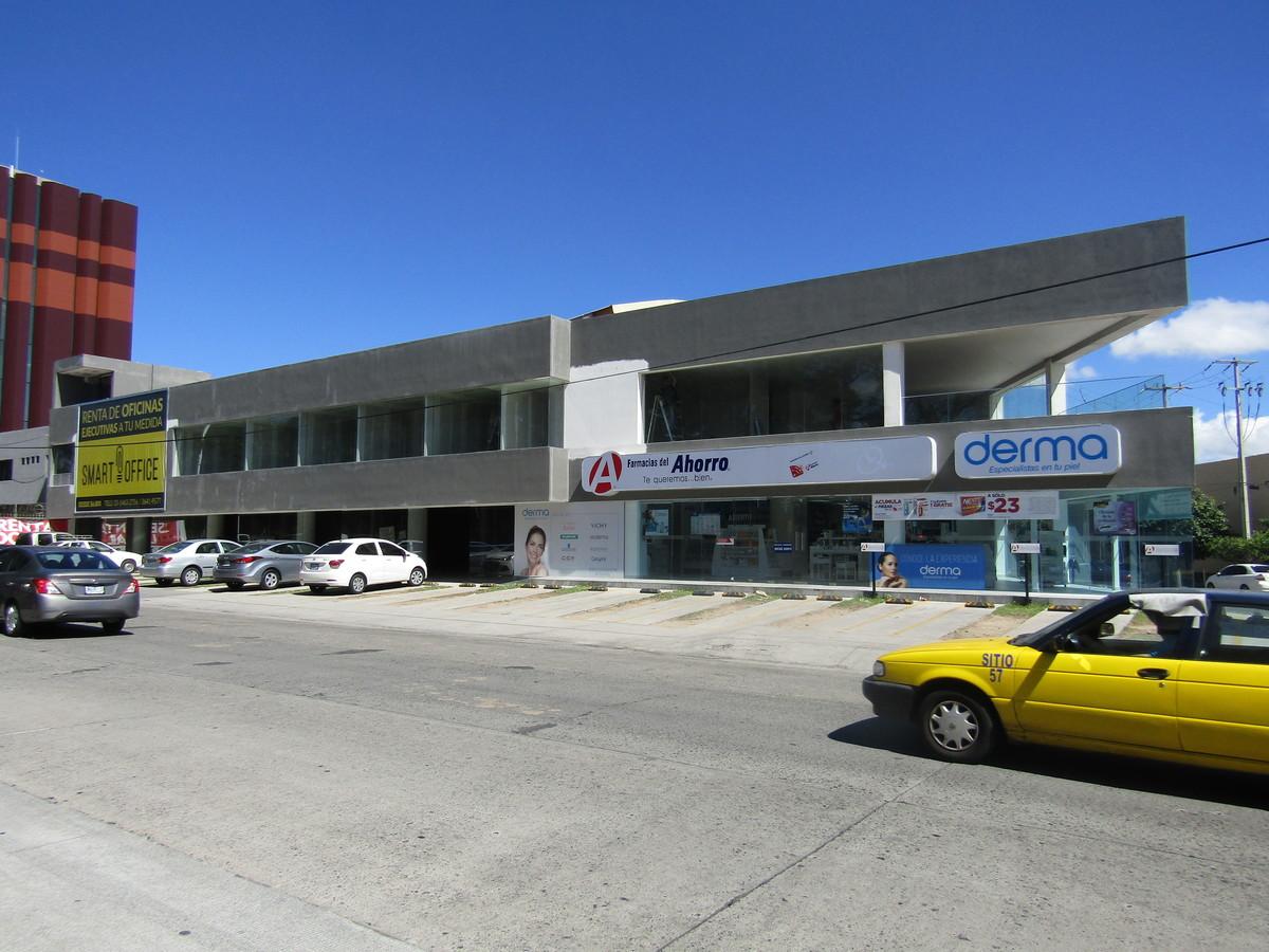 Local en Renta en la colonia Chapalita, Guadalajara - 2.jpg