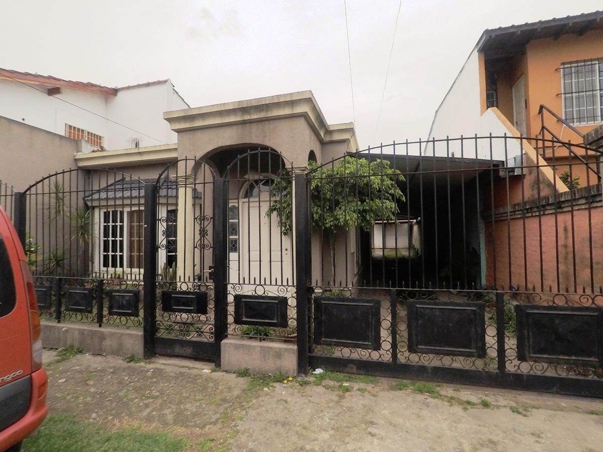 Venta De Casa En Villa De Mayo Goplaceit