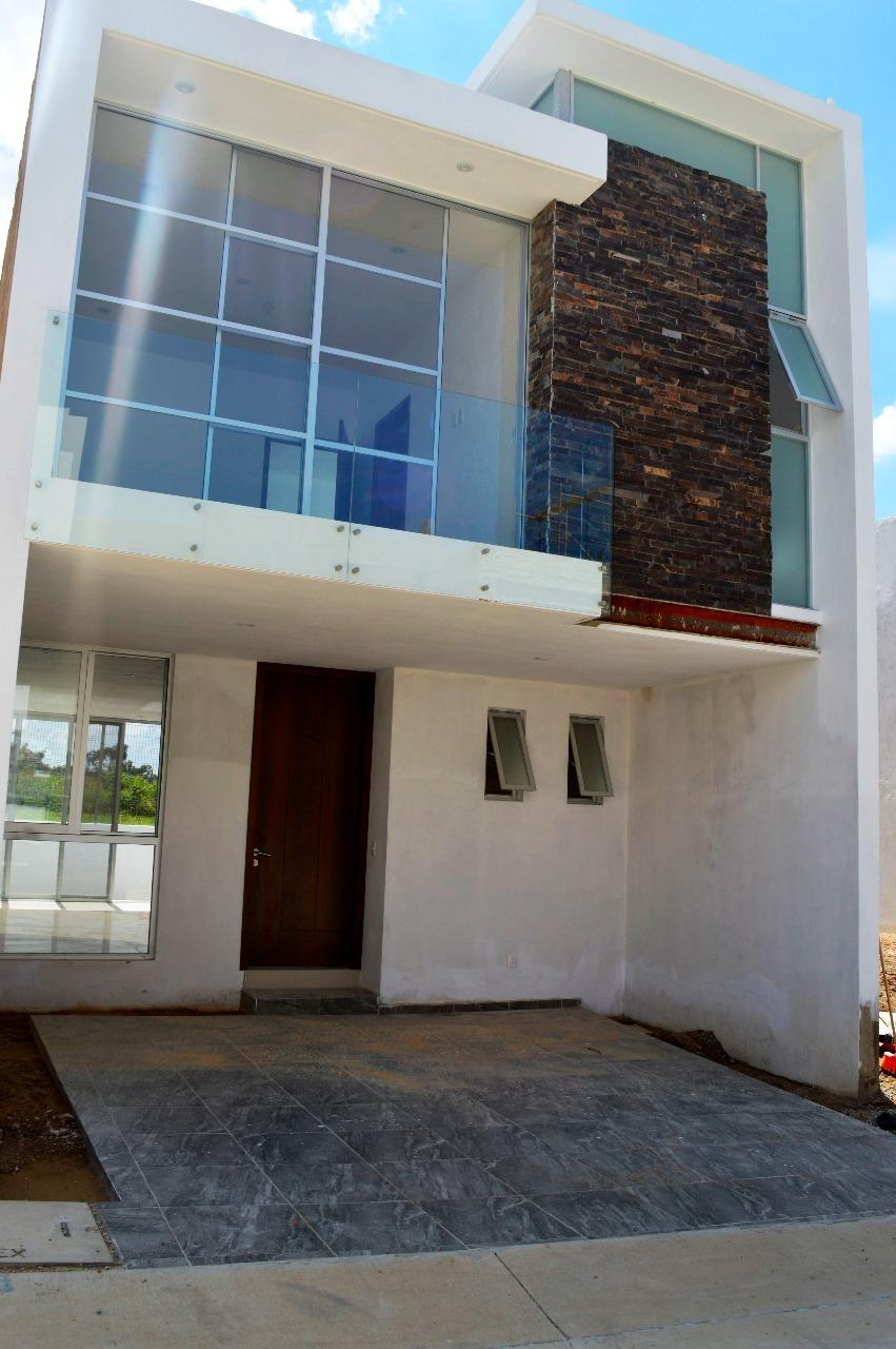 Casa en Venta en Valle Imperial, Zapopan