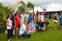 Nflol-pro-bowl-tailgate-party-hawaii-group