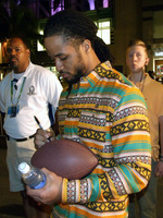 Nfl-on-location-nfl-pro-bowl-2014-all-star-pro-bowl-block-party-earl-thomas-signing-autographs