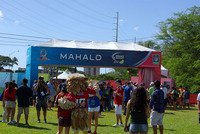 Nfl-on-location-pro-bowl-hawaiii_tailgate-party-entrance
