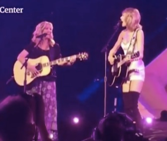 Smelly Cat Lisa Kudrow Taylor Swift