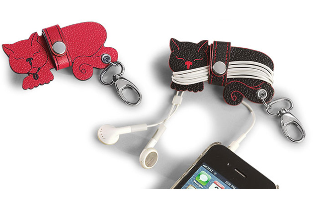 Pocquettes Kitten Earbud Holders