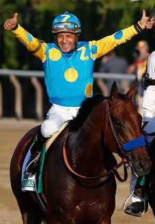 Victor Espinoza on American Pharoah after winning the Triple Crown